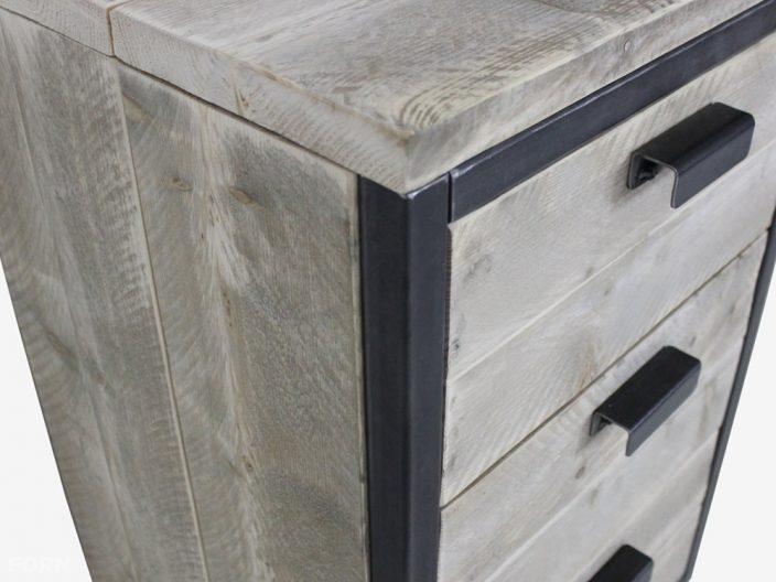 Industriedesign Schubladenschrank