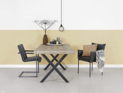 Tisch Industriedesign tibbe mit X-beinen eindurck