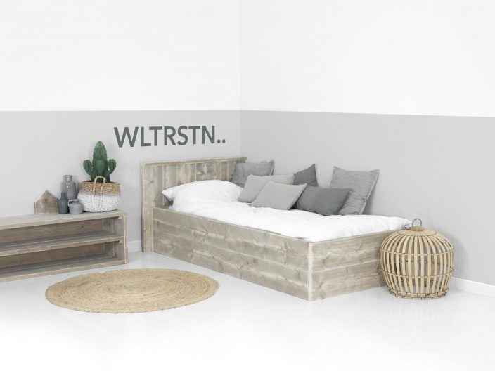 Einzelbett design  Bauholz Einzelbett optional mit Unterbettschublade
