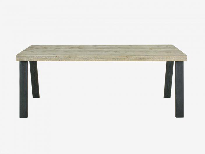 Industriedesign Tisch Andrea mit Stahlgestell weisser hintergrund