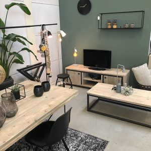 Moebel Showroom Niederland Bauholz Industrie Design