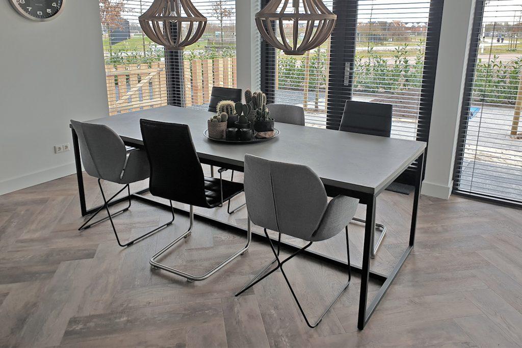 BetonOptik Tisch