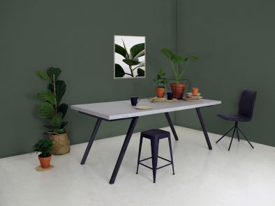 Der Esstisch Ake ist ein Tisch im Beton Look